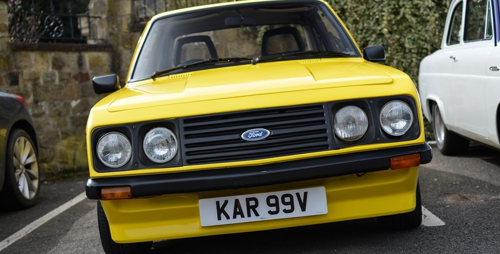 yellow mk2 RS2000 Ford Escort (6)
