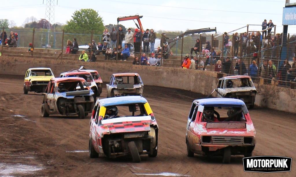 reliant robin banger racing (13)