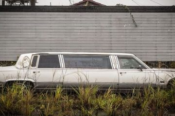 cars-abandoned-in-fukushima-japan-8