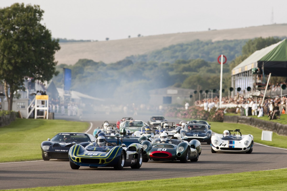 Goodwood-Revival-is-an-automotive-feast-for-the-eyes
