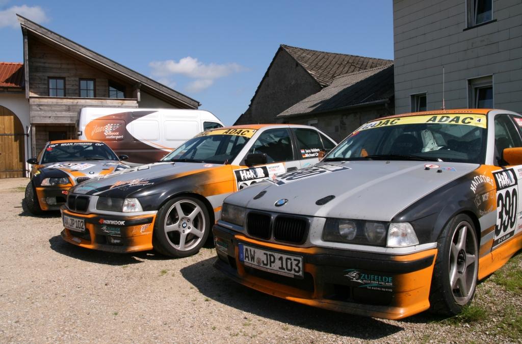 Jaco 3 BMWs house van 2