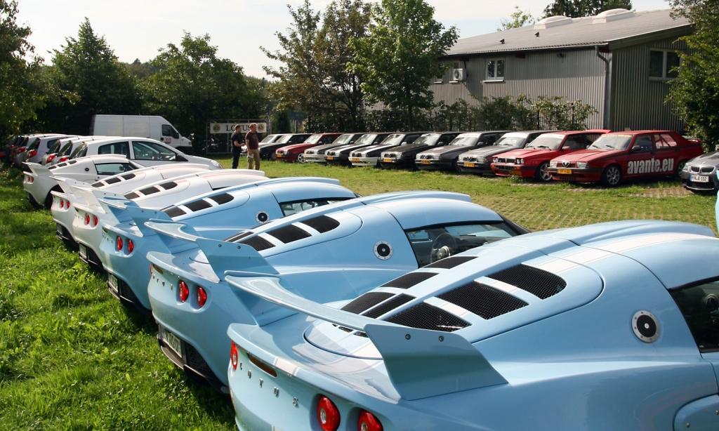 Alfa versus Lotus - www.rsrnurburg.com