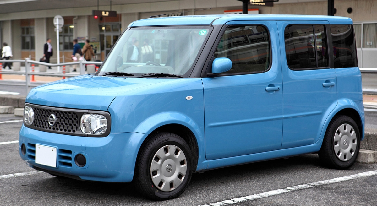 Nissan_Cube