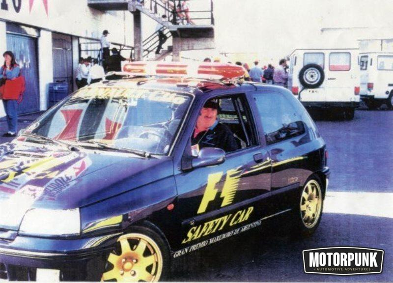 renault clio williams safety car