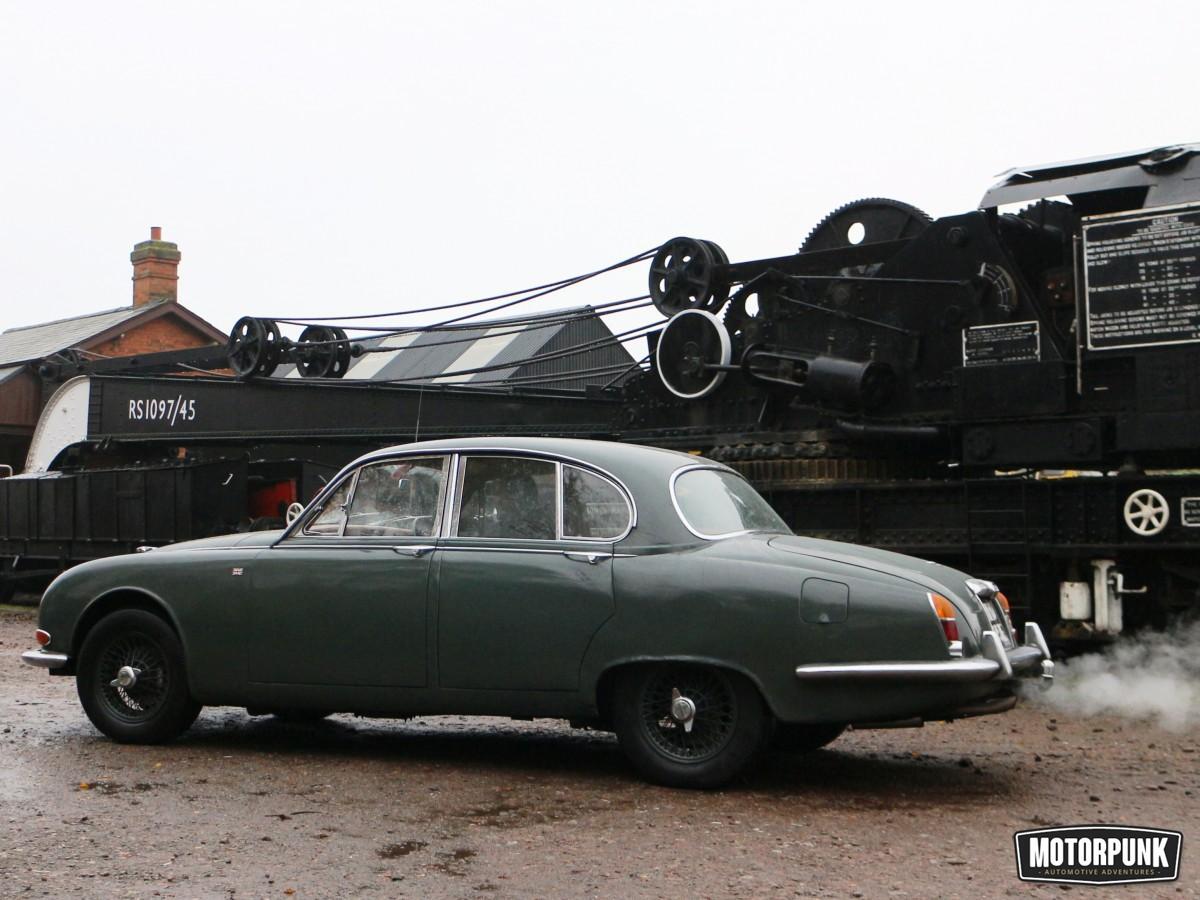 Jaguar restoration from the splined hub - classis S type (2)
