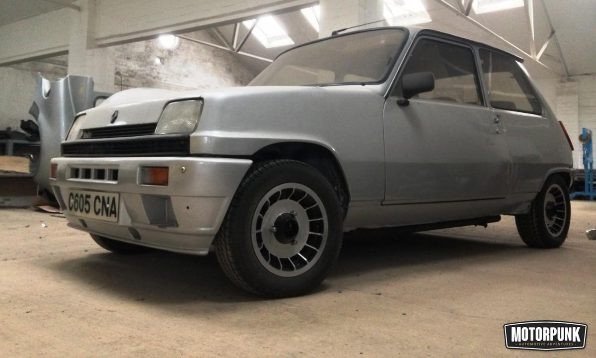 Spotted Renault 5 Alpine Turbo Motorpunk