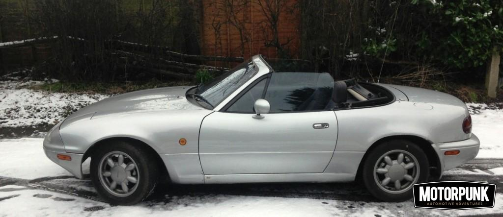 mk1 mx-5 in the snow